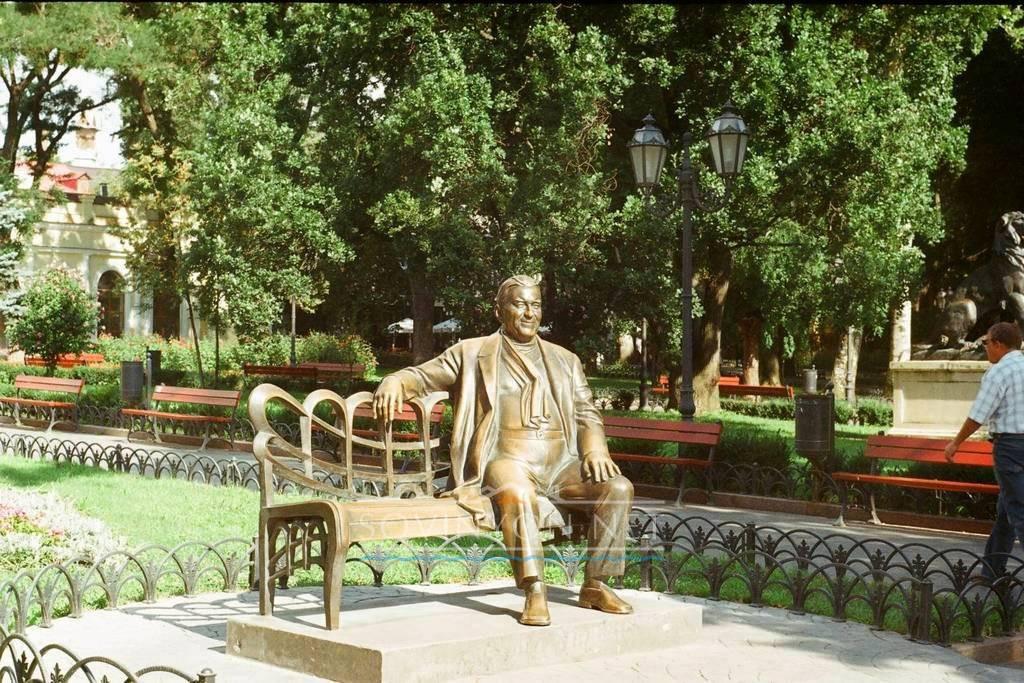 Памятник Утёсову Одесса фото
