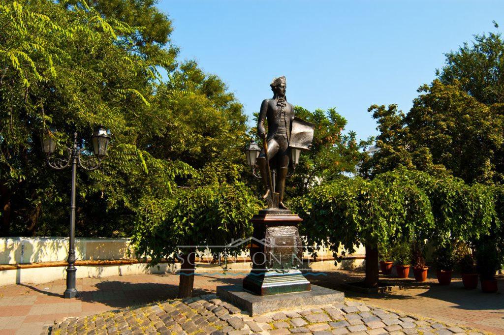 Памятник де Рибасу фото