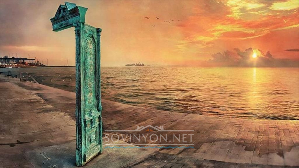Дверь на пирсе Одесса